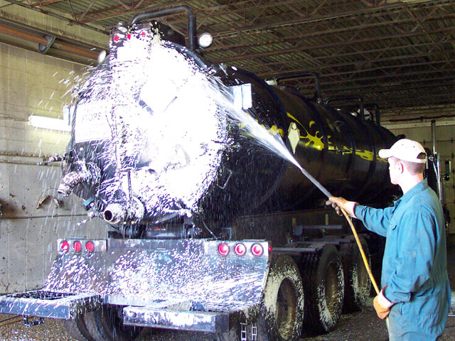 degreasing a truck